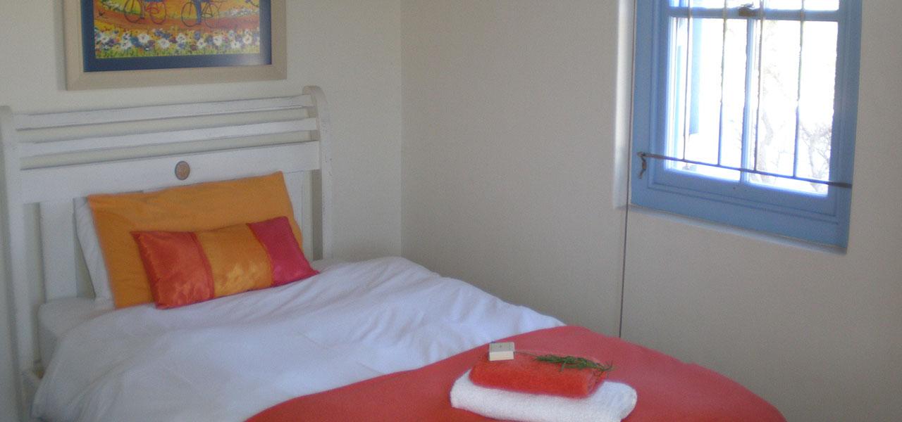 Mythos, paternoster self-catering accommodation, 2 Bedrooms, book self catering accommodation, western cape, west coast accommodation, paternoster accommodation