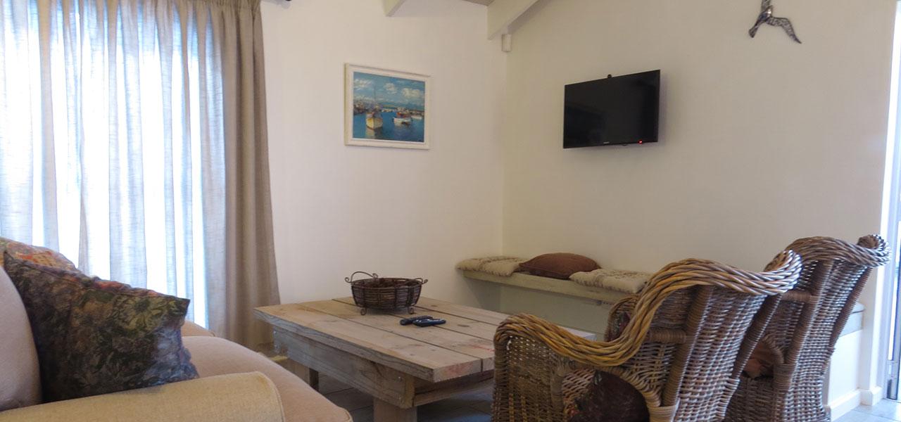 Blaasoppie, paternoster self-catering accommodation, 2 Bedrooms, book self catering accommodation, western cape, west coast accommodation, paternoster accommodation