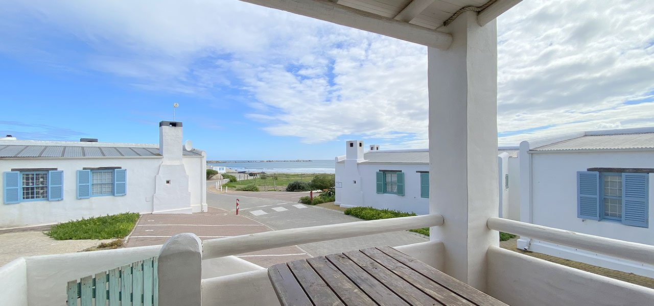 Flamingo, paternoster self-catering accommodation, 2 Bedrooms, book self catering accommodation, western cape, west coast accommodation, paternoster accommodation