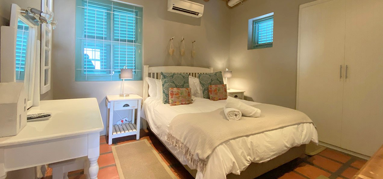 Malmok, paternoster self-catering accommodation, 3 Bedrooms, book self catering accommodation, western cape, west coast accommodation, paternoster accommodation