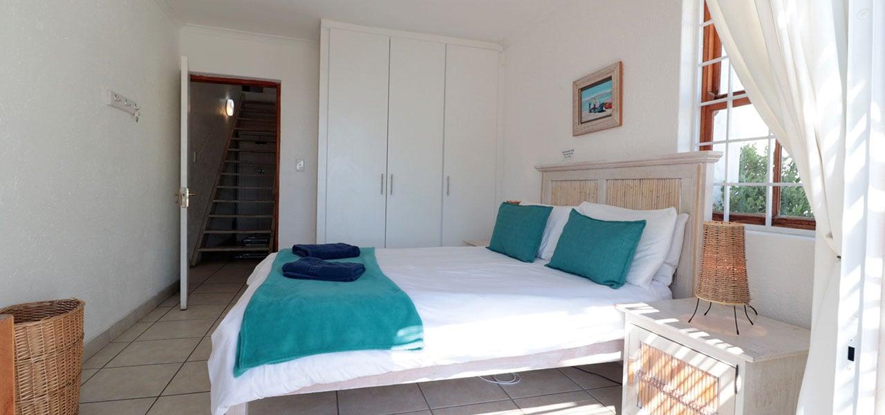 Manatoka, paternoster self-catering accommodation, 4 Bedrooms, book self catering accommodation, western cape, west coast accommodation, paternoster accommodation